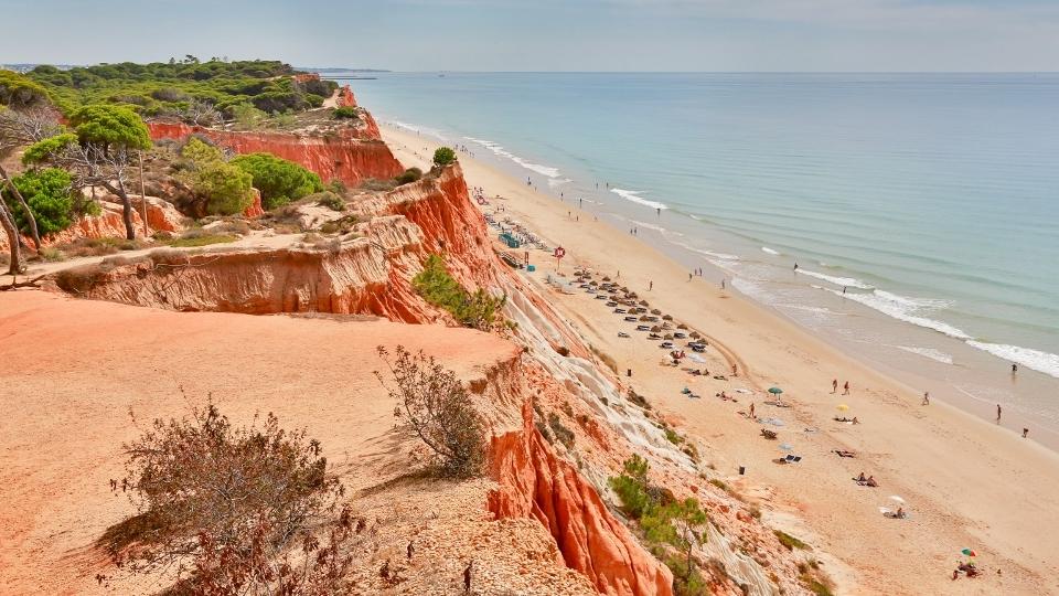 Falesia_Beach_